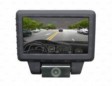Автомобильный видеорегистратор HD с возможностью подключения камеры заднего вида